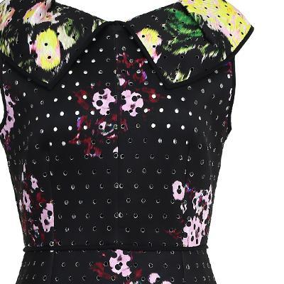 punching detail flower dress